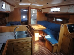 Bavaria 37 cruiser - Ningaloo II